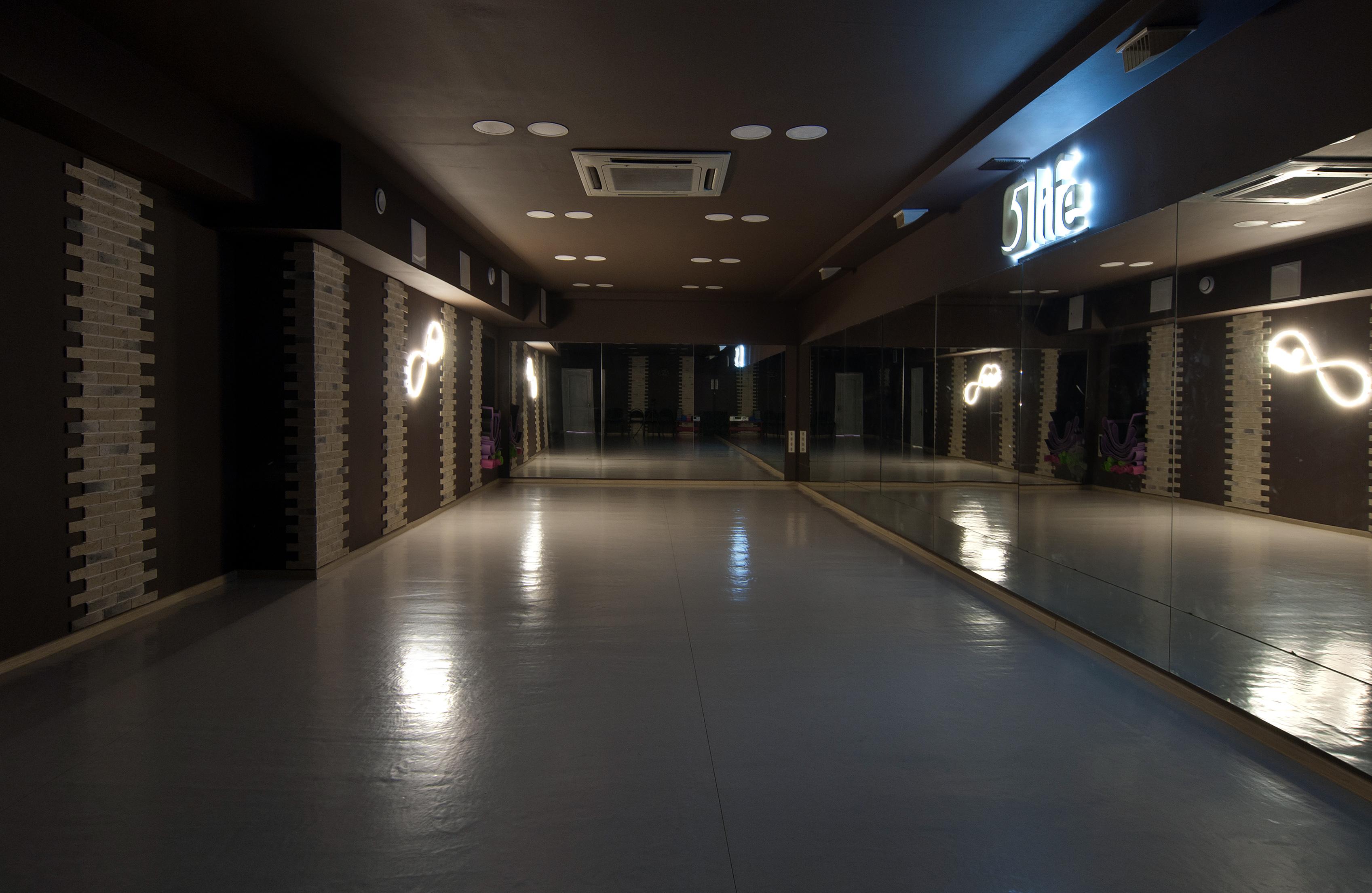 Почасовая аренда зала в школе танцев и фитнеса 5Life