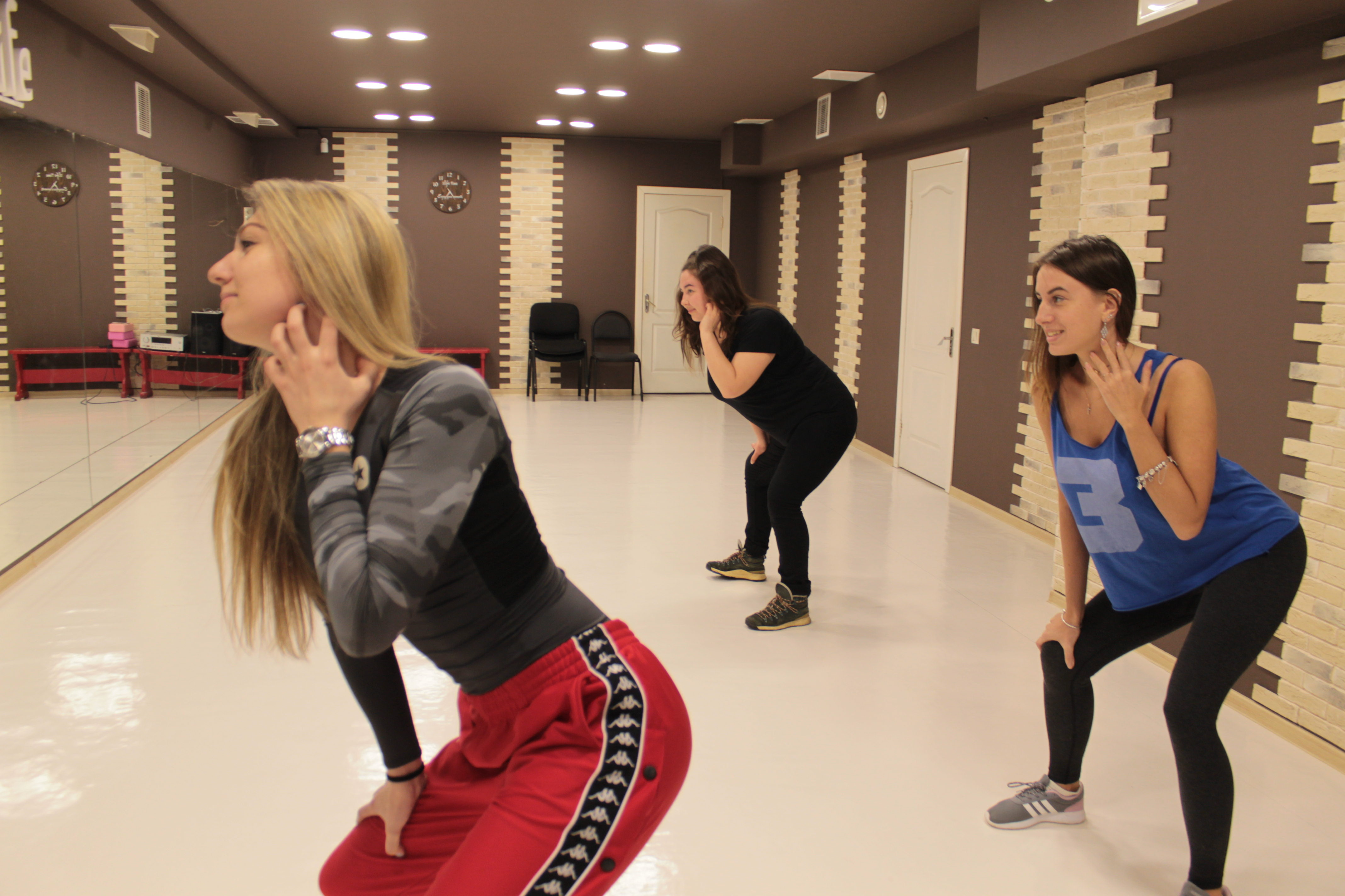 Танцевальная студия 5Life - самые выгодные предложения у нас!