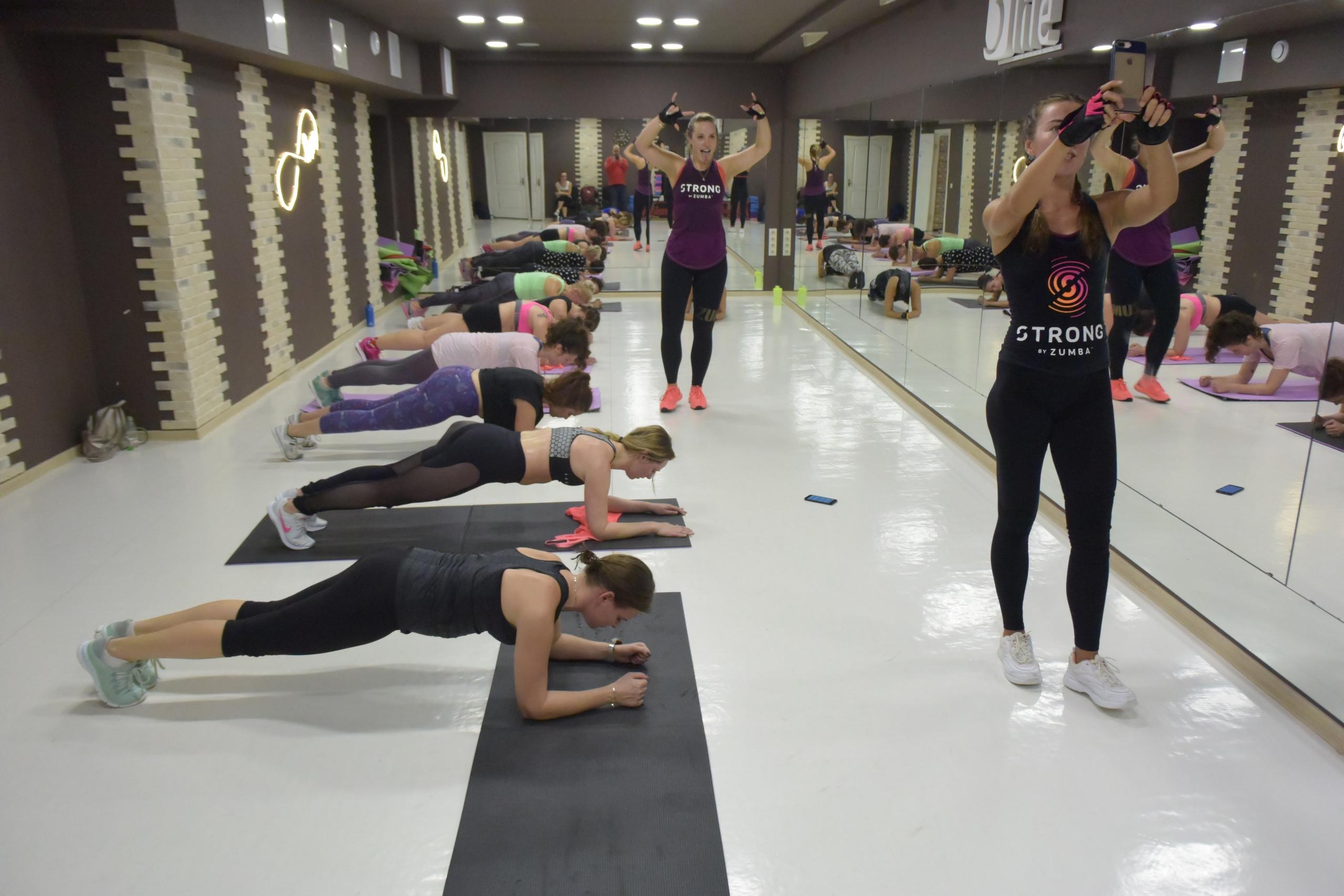Zumba fitness 28 октября в 5Life